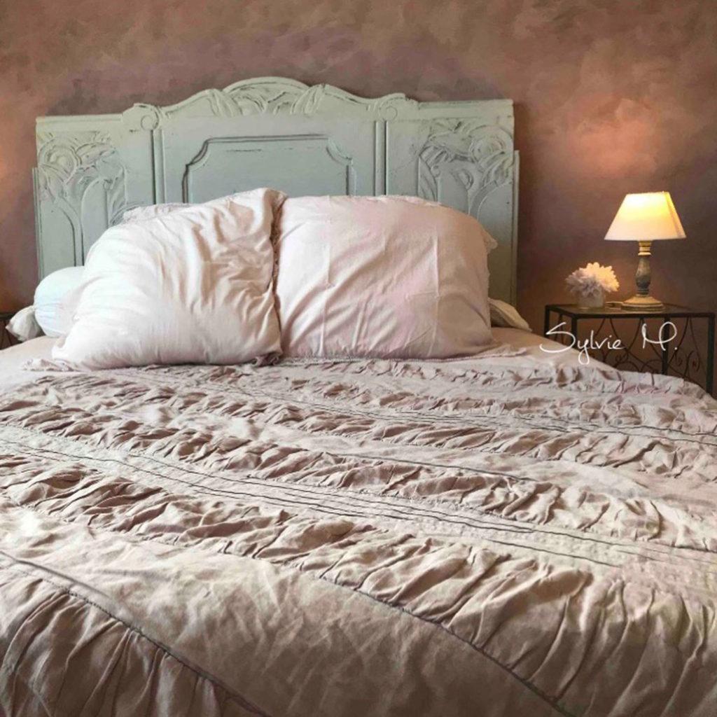 Tête de lit, nuances de couleur gris annie sloan